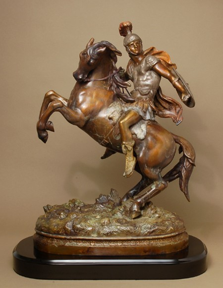 IMPRESSIVE DYNAMIC ROMAN SOLDIER RIDING  HORSE BRONZE SCULPTURE