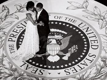 BARACK AND MICHELLE'S DANCE 2